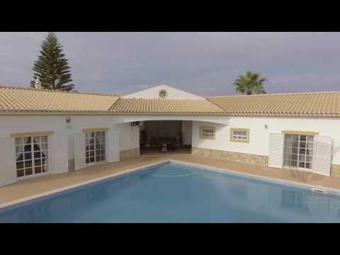 4 quartos - Vivenda - Caramujeira - Lagoa - Algarve - Para venda