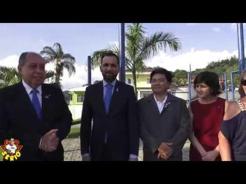 Presidente do Rotary de Juquitiba recebe o Governador do Rotary e planta uma árvore na Praça do Rotary
