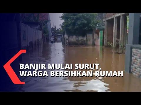 Banjir Luapan Sungai Mulai Surut, Warga Bersihkan Rumah