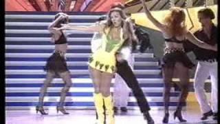 Thalia - Por Amor - (Live Maridos y Mujeres)