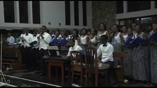 Bwana Amefufuka, Tuimbe Aleluya!   Chorale Les Messagers Du Christ