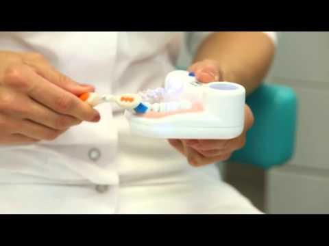 Советы стоматолога. Уход за детскими зубами.