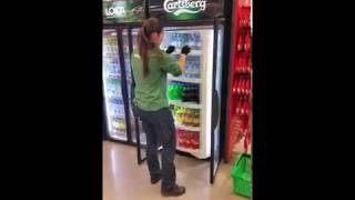 Filling a beverage cabinet with RotoShelf®