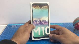 Samsung Galaxy M10 Unboxing And Hands On Review