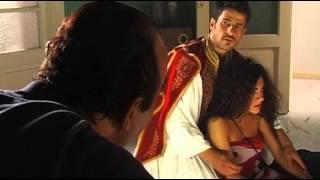 """Στο λολοπαίγνιο αυτό βασίζεται και η ταινία του Νίκου Περάκη """"Η Φούσκα"""" όπου πρωταγωνιστούν δύο τσολιάδες, ο Αλέξης Γεωργούλης ως φουστανελάς και η Μαρία Σολωμού ως σέξι γκομενοτσολιάς, βλ. πρώτα δευτερόλεπτα τρεϊλερακίου. (από Khan, 17/02/14)"""