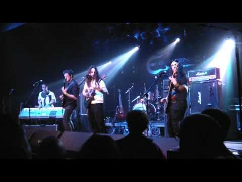 Emmeleya - Laving In Air (Live)