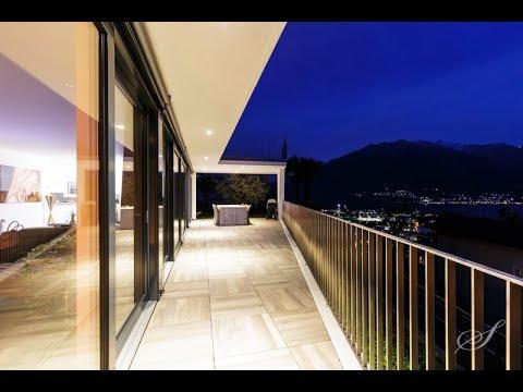 Stilmoderne Terrassenvilla