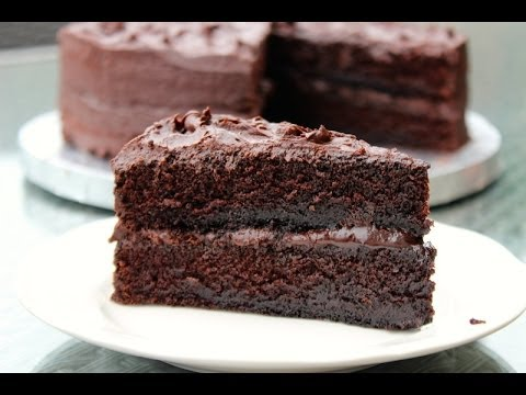 Video HOW TO MAKE THE BEST CHOCOLATE CAKE FROM SCRATCH