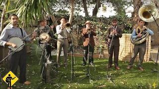 Weary Blues | California Feetwarmers | Playing For Change | Live Outside