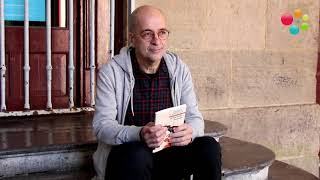 Mikel  Taberna  idazleak  'Arkanbele  kantak'  poema  liburua  plazaratu  du