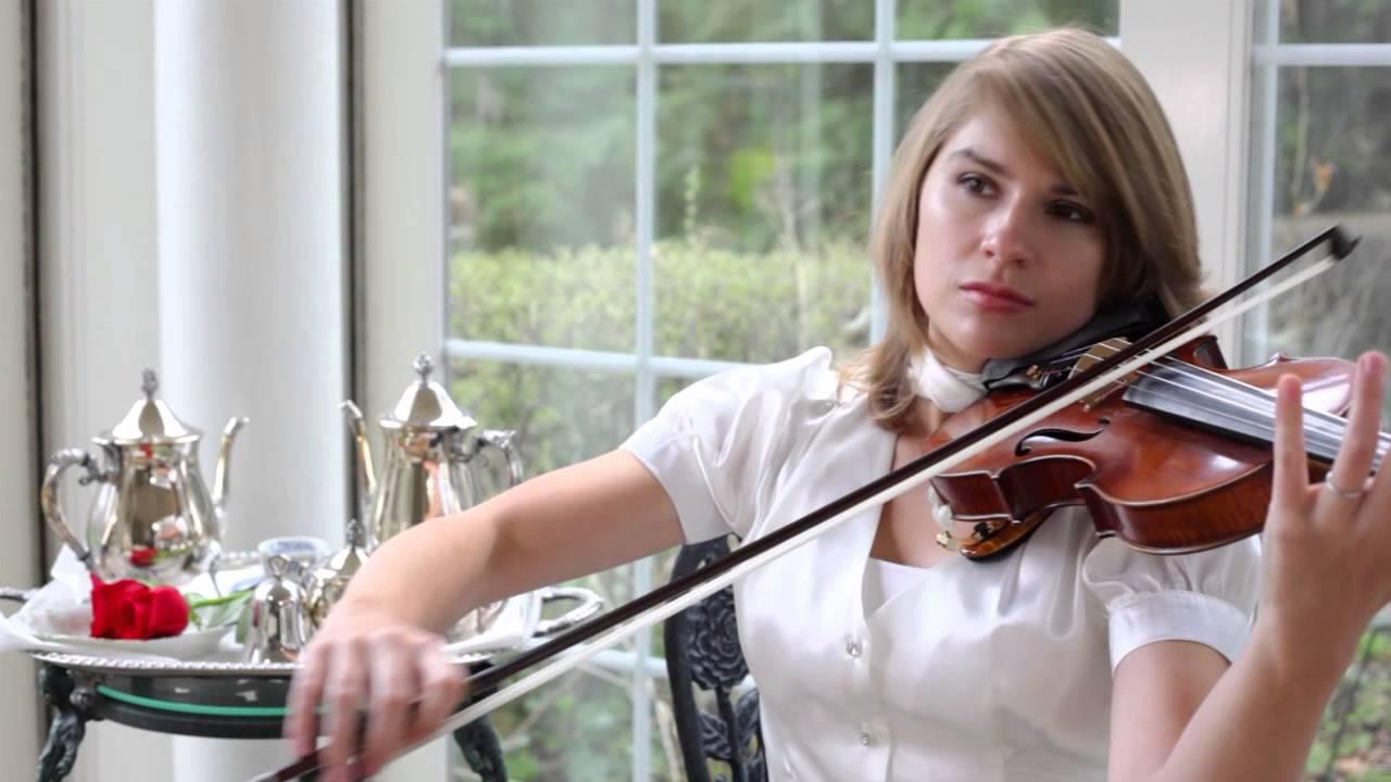 Violinist Taylor Davis Performs Music From BioShock Infinite