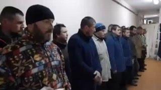 Ополченцы показали, как «издеваются» над пленными украинскими «киборгами»