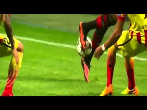 Robinho Rainbow Flick VS Barcelona / Amazing Skills 2013