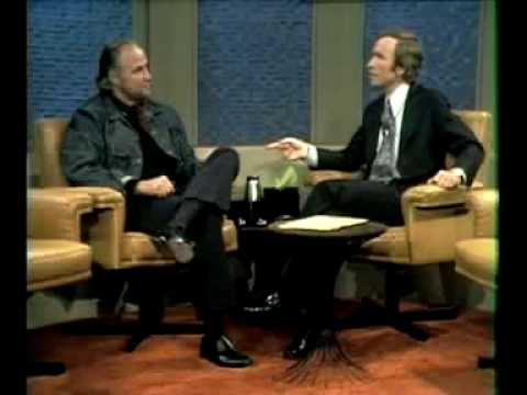 Marlon Brando Sees Through Interviewer
