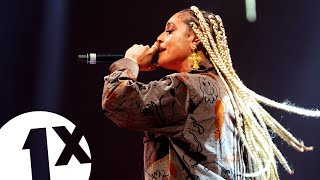 DaniLeigh - Lil Bebe (1Xtra Live 2019) |  FLASHING IMAGES