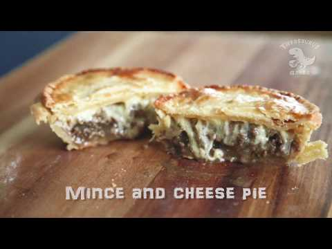 Melt in Your Mouth MINCE AND CHEESE PIE Recipe – A Kiwi Favourite!