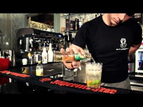 Detoxication di alcolismo di battute di entrata