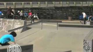 preview picture of video 'élan Skateboards - NZ Trip Christchurch Park'