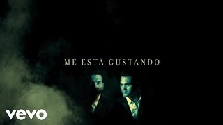 Banda Los Recoditos - Me Está Gustando (Lyric Video)