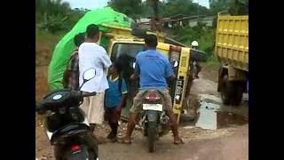 preview picture of video 'Makan Debu'