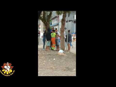 Videocelular da Treta feia na Feira de Juquitiba.....Cris Feirante x Wagnew