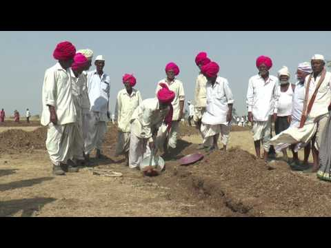 28,000 People in Marathwada do Voluntary Labour for Water Cup 2017 (Marathi)