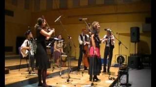 Video Simcha - Schein vi di Levone (tango).wmv