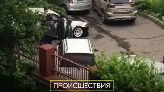 DEITA.RU Автоледи напали на мужчин во Владивостоке