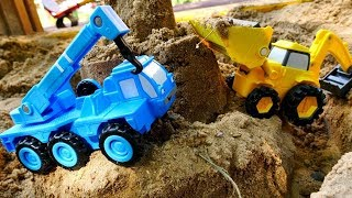 Yardımcı arabalar - Ekskavatör, vinç, buldozer, silindir.