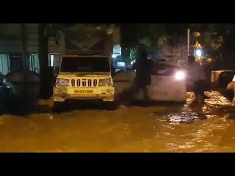 Прорыв водопровода в Мумбаи