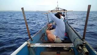 preview picture of video 'Handline Fishing in Muna Island Indonesia (Part 1)'