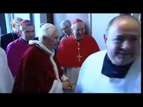 Messe à la paroisse romaine de Saint-Jean-Baptiste-de-la-Salle à Torrino