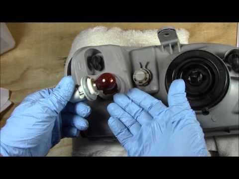 Hyundai Accent Turn Signal Bulb/Lamp Removal/Replacement And Installation Thorough