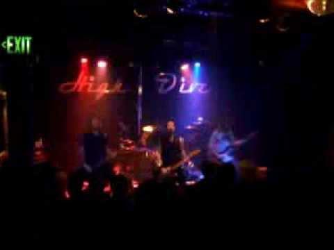 Dandilyon Soup - Christopher Robin - LIVE at The High Dive