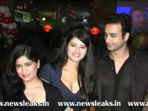 Download 100 EPIC COMPLETION PARTY OF PUNAR VIVAH HD Mp4 3GP Video and MP3