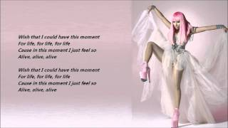 Nicki Minaj & Drake - Moment 4 Life /\ Lyrics On A Screen