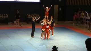 preview picture of video 'Чемпионат Караганды 2014 - Tetcheer - Stunts kids Group-B / Станты дети Группа-Б'
