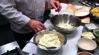 Easy Recipe for Spaghetti Pie With Ricotta Cheese  eHow