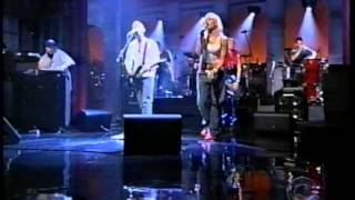 Gambar cover Moby and Gwen Stefani w Gavin Southside on Letterman Nov 2000