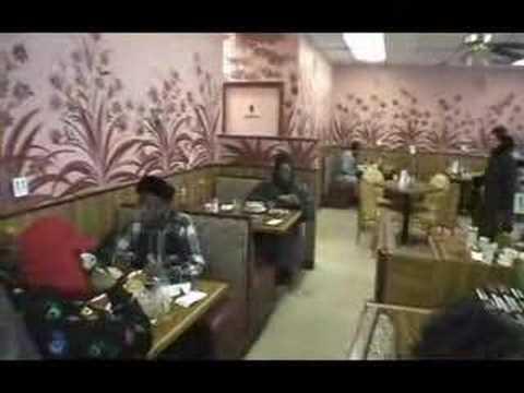 """Anybody who""""s anybody eats at Edna's"""