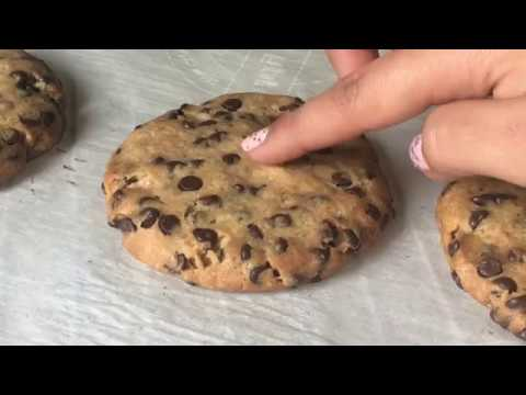 Egg-less Vanilla Chocolate Chip Cookies | Tanvi Khera
