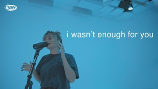 """Video thumbnail of """"Hollyn - i wasn't enough for you (acoustic)"""""""