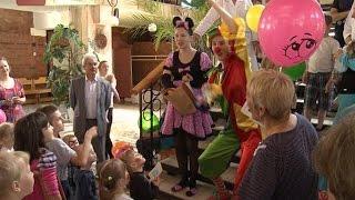 Маленьким пациентам областной больницы устроили праздник