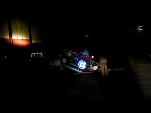 трактор YANMAR YM2000D погрузка, перевозка, tractor load to truck