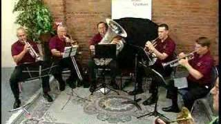 Signature Brass Quintet plays Spanish Flea