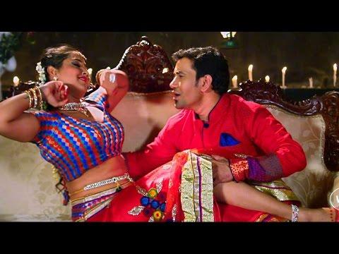 Dinesh Lal Yadav & Kajal Raghwani - Best Romantic Scene....!!!!