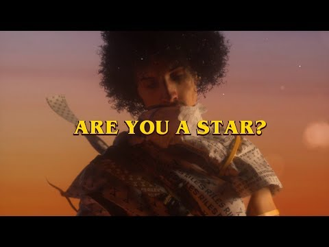 Rilès - ARE YOU A STAR? (Lyric Video)