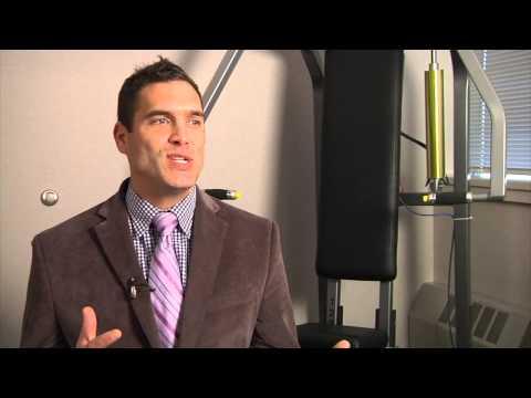 La hernie intervertébrale du service lombaire et le bodybuilding