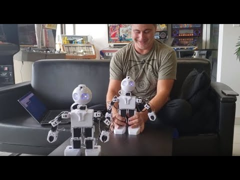 Robot As Puppet To Control Another Robot By Reading Servo Positions
