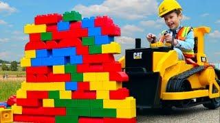 Обзор гаража 2 Спецтехника Макса. Пожарная машина и ПОЛИЦЕЙСКАЯ. БУЛЬДОЗЕР. Kids ride on CARS